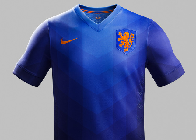 Holland_away_jersey_front__prideht__v1__large_medium