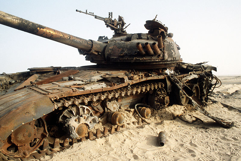 800px-destroyed_iraqi_t-72_tank_during_the_gulf_war