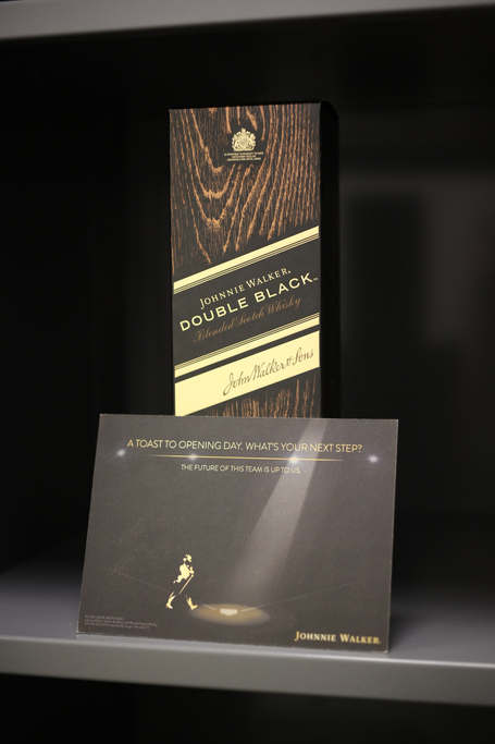 Fowler_gifts_teammates_with_johnnie_walker_double_black_medium