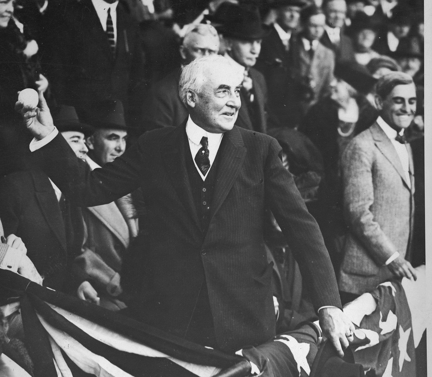 Warren_harding_1922_medium