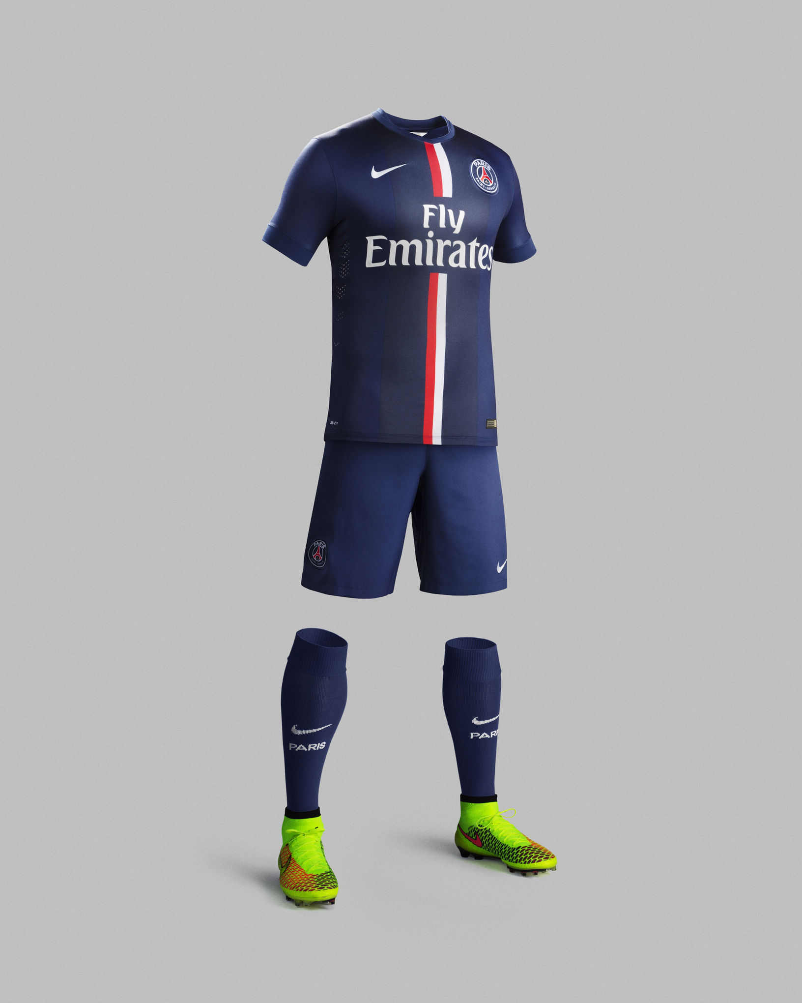 meet cd195 51c0e Nike dare to PSG with 2014/15 home kit, Last Game animated ...