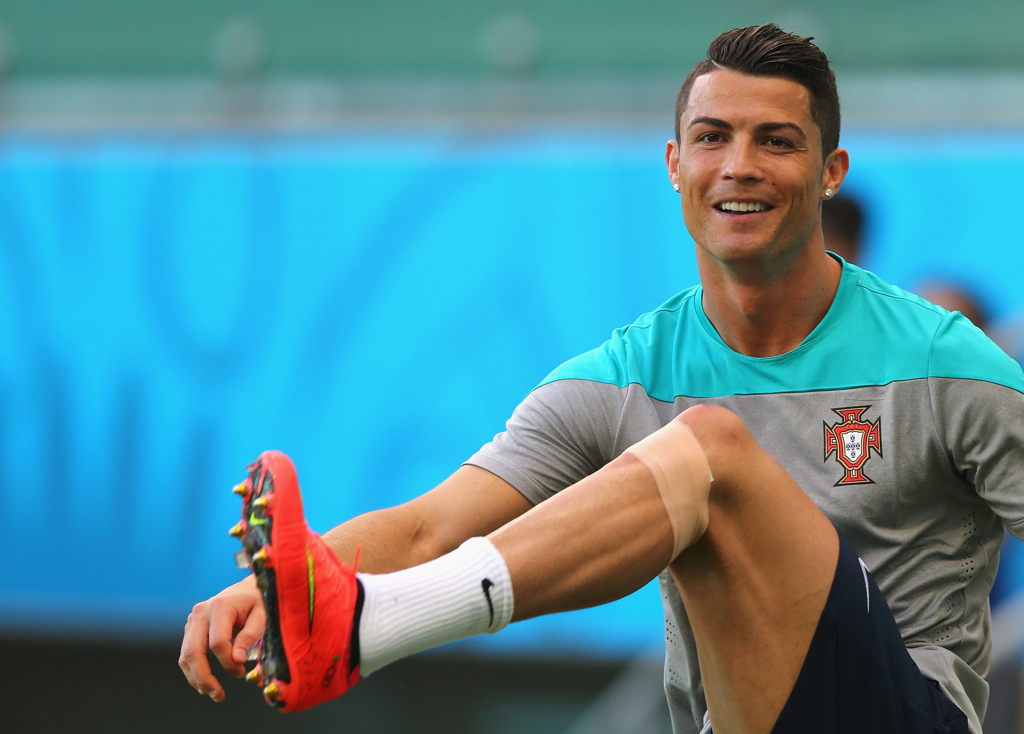 Cristiano Ronaldo trains in custom Nike Mercurial Superfly IV boots ... d199b57b52ad3