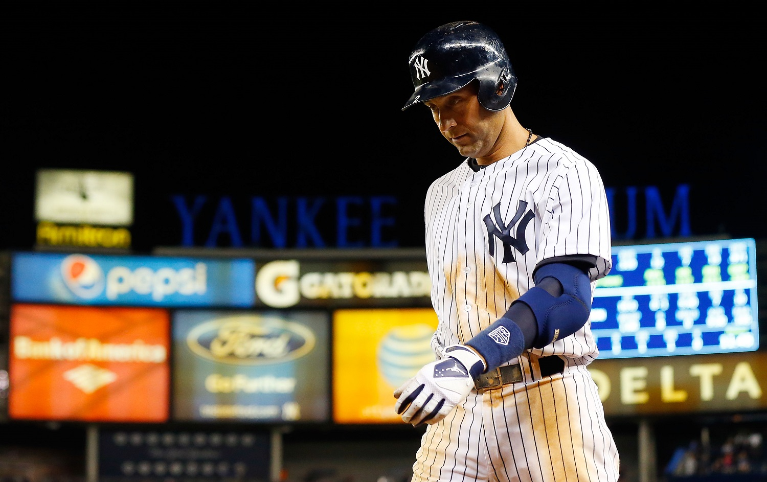 Derek_jeter_2014_medium
