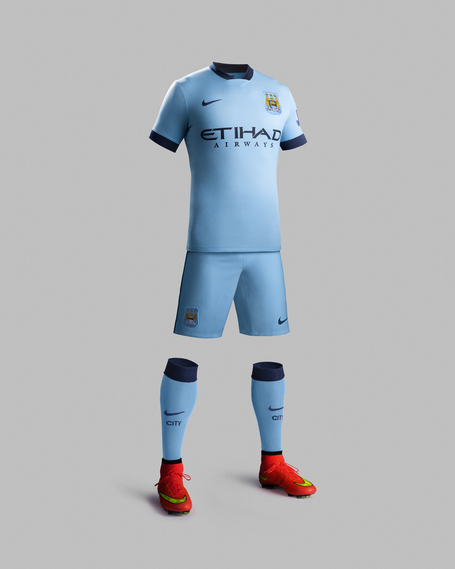 Fa14_match_manchester_city_pr_h_full_body_r_original_medium