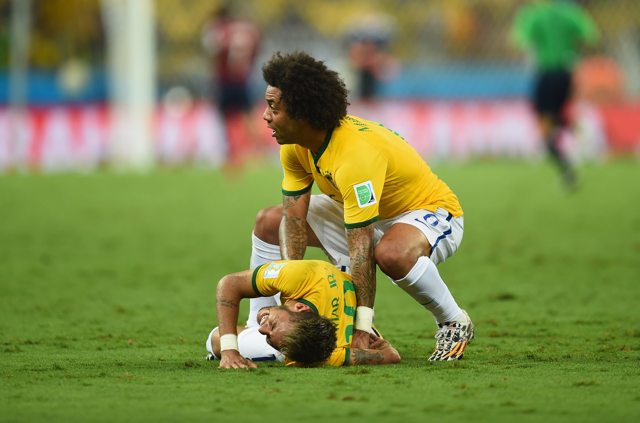 Neymar_injured_medium