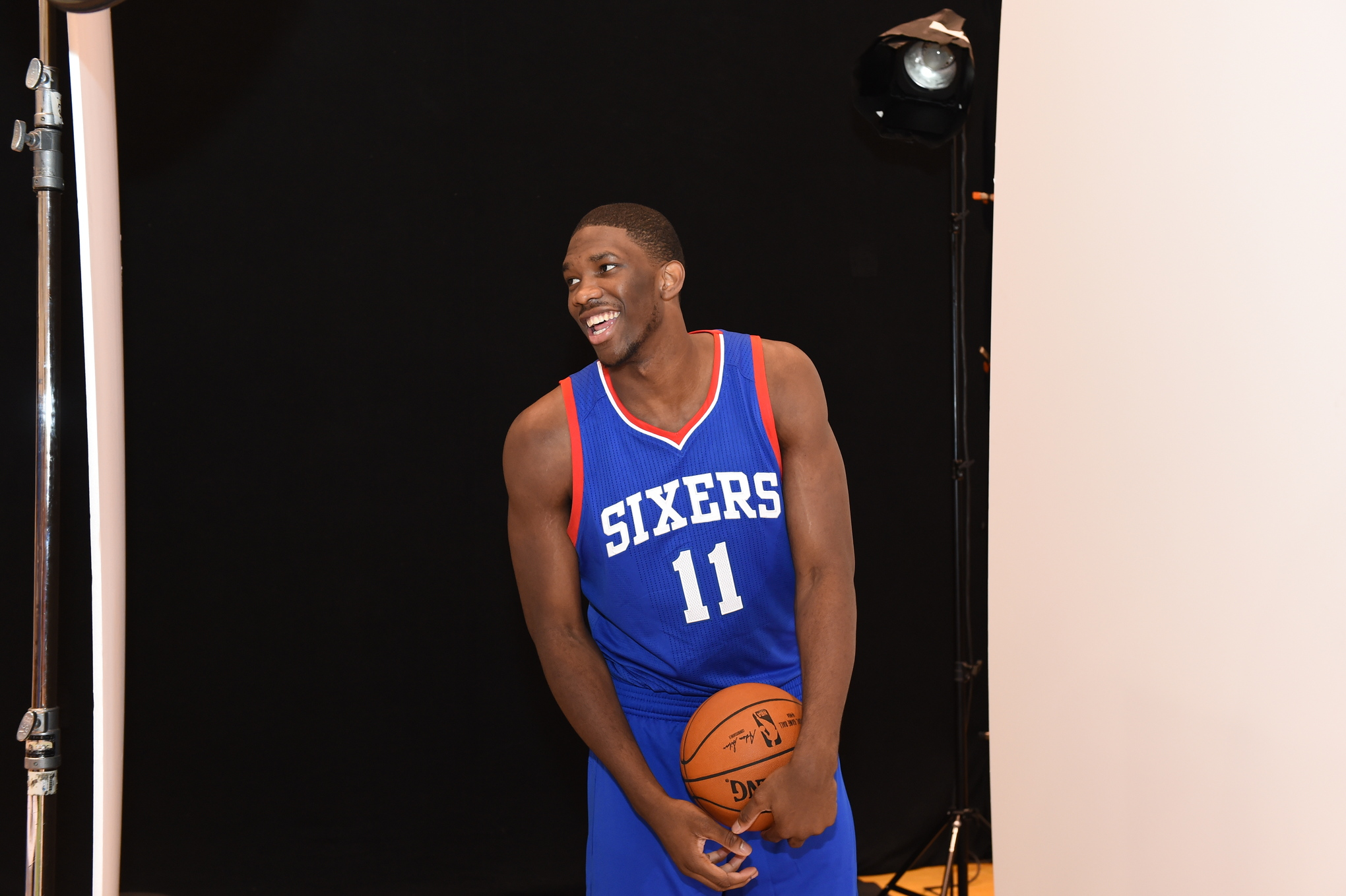 Joel Embiid Dons Sixers Jersey for First Time At Rookie Photoshoot ... 7c4a9cba11c