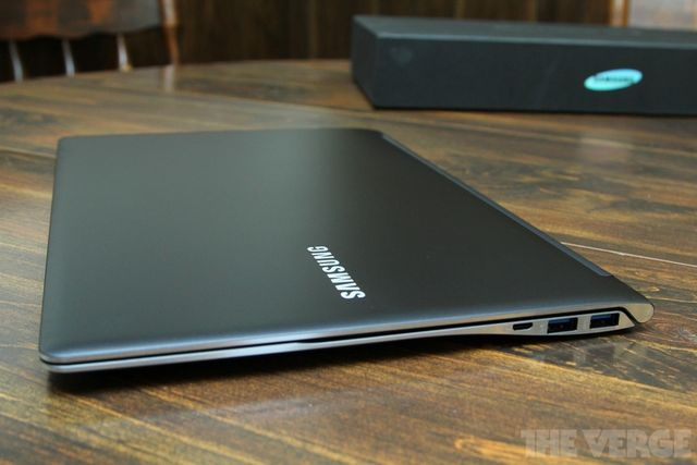 ivy bridge update to samsung series 9 ultrabook appears online the verge. Black Bedroom Furniture Sets. Home Design Ideas