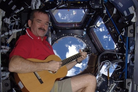 chris hadfield ISS guitar
