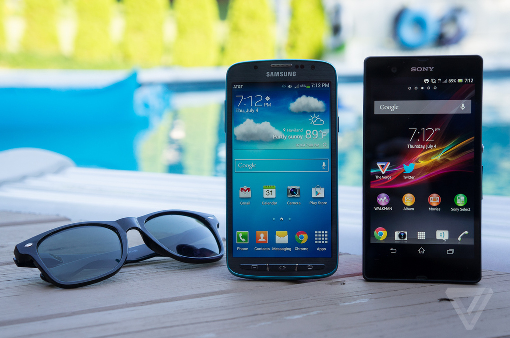 of the waterproof phones  Samsung Galaxy S4 Active vs  Sony Xperia ZXperia Z Vs Galaxy S4 Camera