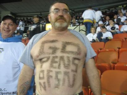Pens_fan_chest_hair.