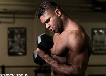 Strikeforceheavyweightchampalistairovereem2