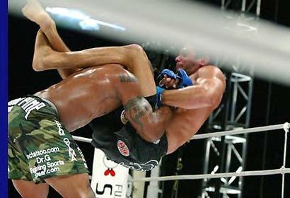 Jackson_252c_quinton_rampage_jackson_slamming_ricardo_arona_at_pride_fighting_championship_critical_countdown_2004_medium