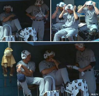 Use_the_force_padres_bullpen_becomes_ministar_wars_convention