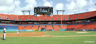 _fans_hurricane_irene_wipes_out_marlins_attendance