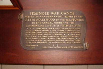 Seminole_war_canoe