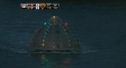 Giants-mccovey-cove-bubble-boat