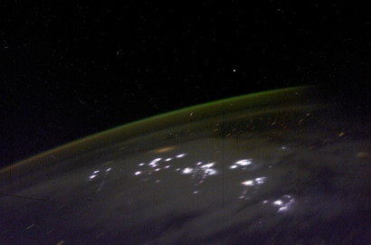 Gpw-20061026d-nasa-iss006-e-48196-space-aurora-australis-lightning-earth-20030423-medium