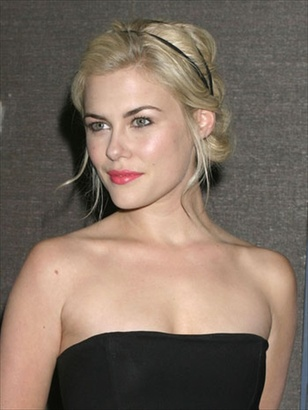 Rachael-taylor-hairstyle