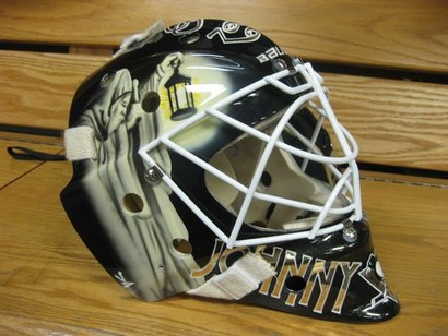 Johnson_goalie_mask