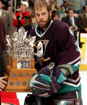 J.s.-giguere-anaheim-ducks-conne-smythe-winner