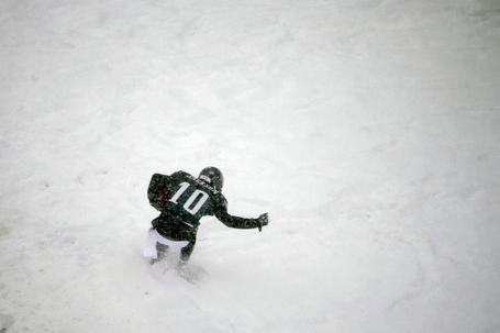 Desean-jackson-gets-caught-in-the-snow_medium