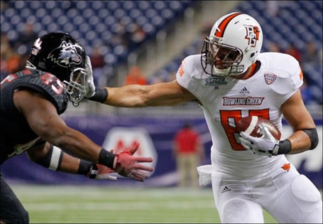 Bowling-green-state-university-player-alex-bayer-82-gets-a_medium