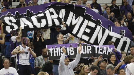 110421_sacramento_kings_fans_medium