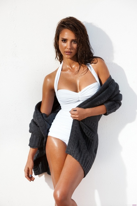 Jessica-alba-gavin-bond-for-gq-2010_medium