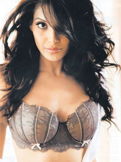 Bipasha-basu_medium
