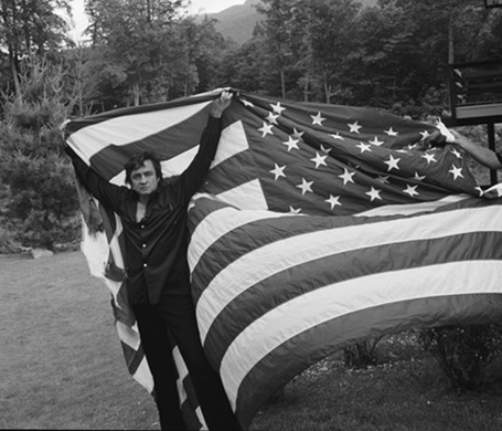 Johnny-cash-american-flag_medium