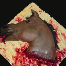 The_godfather_horse_head_cake_1