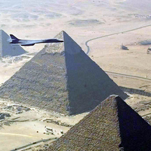 B-1b_great_pyramid