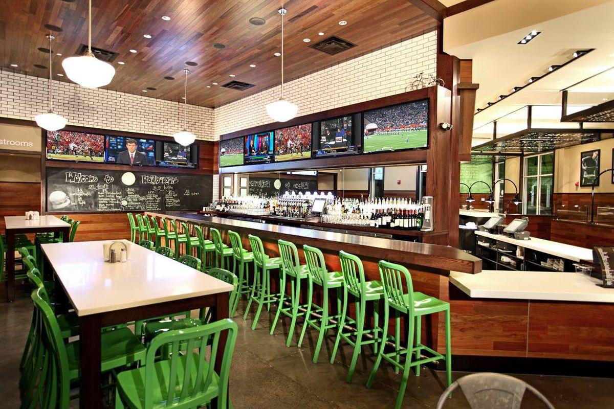 Casual Restaurants Near Boston Airport