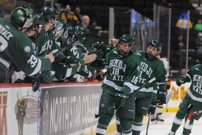 WCHA: Beavers Gum Things Up For Minnesota State - Playoff Picture Mostly Solved, But MacNaughton Still On The Line