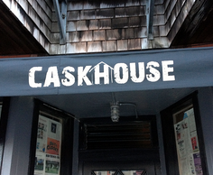 caskhouse%20awning.png
