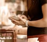 waitress-at-restaurant.jpg