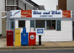 blue-and-white-250.jpg
