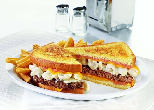 dennys-mac-n-cheese-patty-melt.jpg