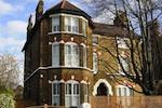 gordon-ramsays-house-150.jpg