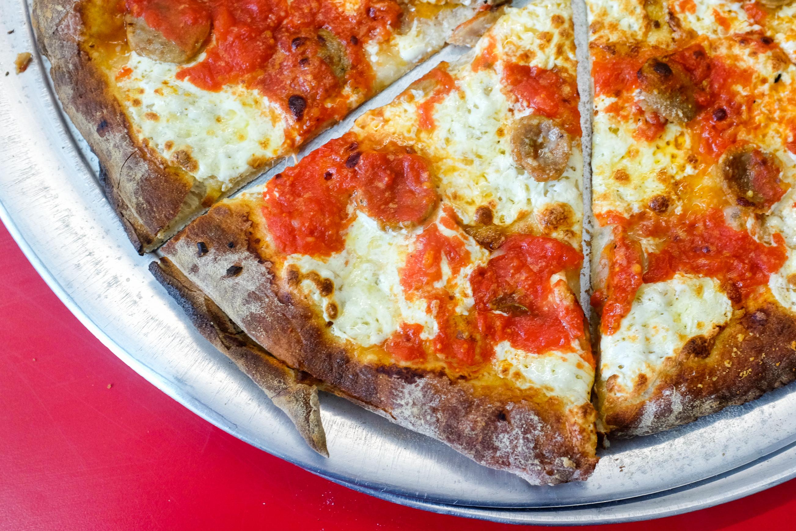 totonnos_pizza2.0.0.jpg