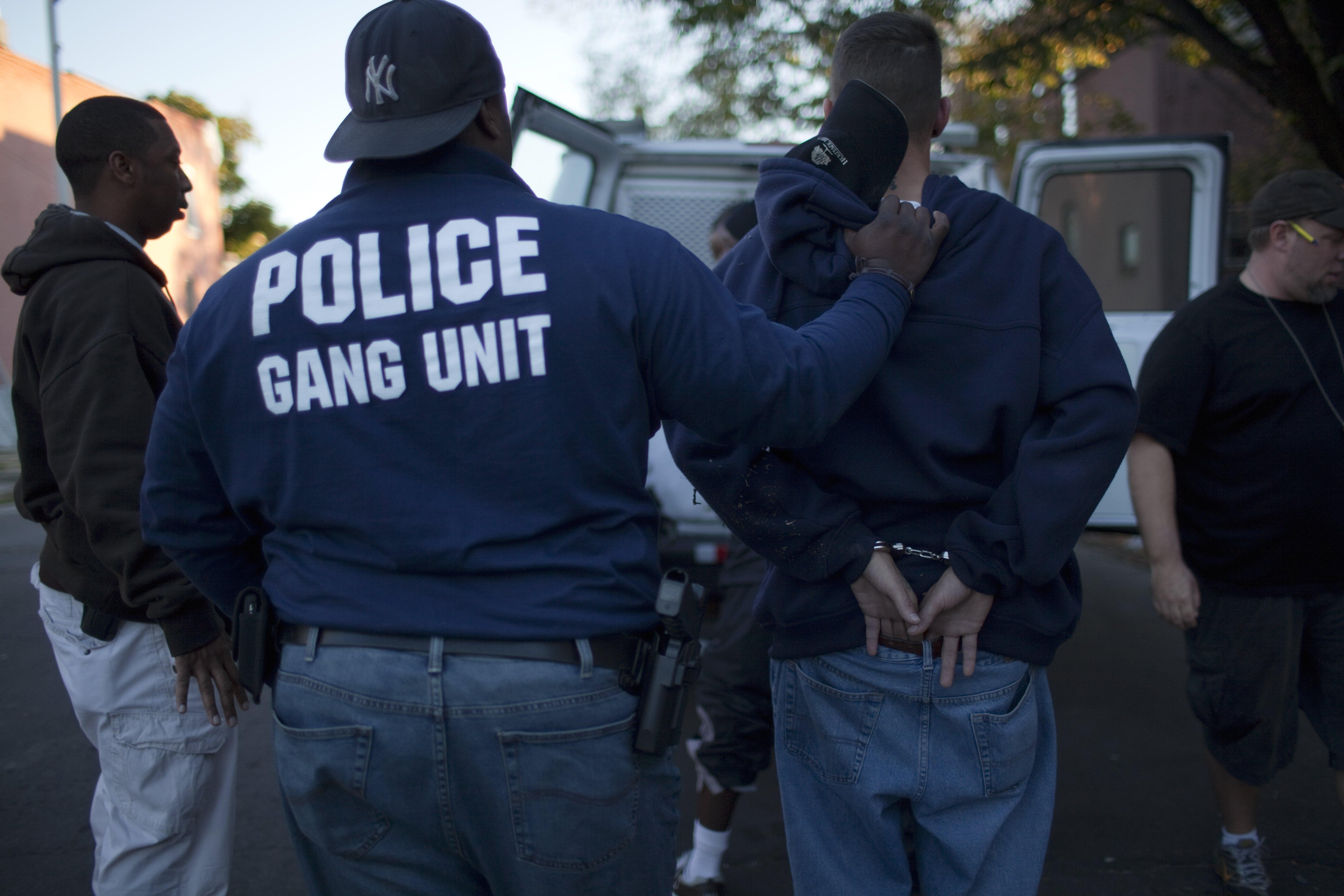 Baltimore police arrest drug buyer
