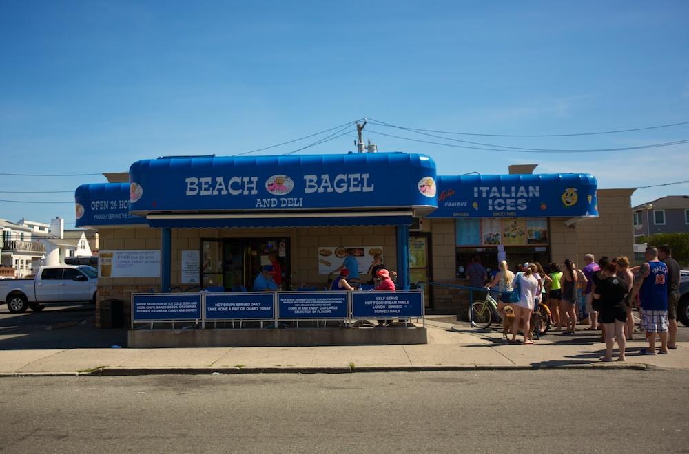 beach%20bagel%20exterior.jpg
