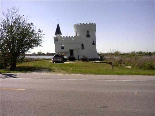 irish_bayou_castle.jpg