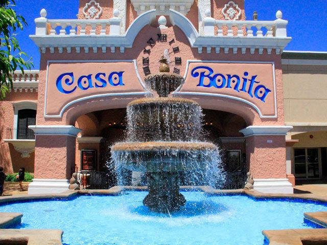 Casa bonita 39 s 40 years of sopapillas and cliff divers - Ver casas bonitas ...