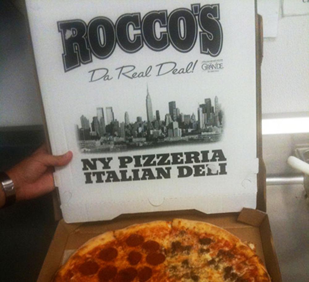 Rocco%E2%80%99s%20NY%20Pizzeria%203-201-2014%202.jpg