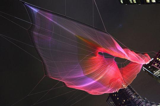 janet-echelman-and-google-weave-an-interactive-sculpture-in-the-sky-designboom-10.0.jpg