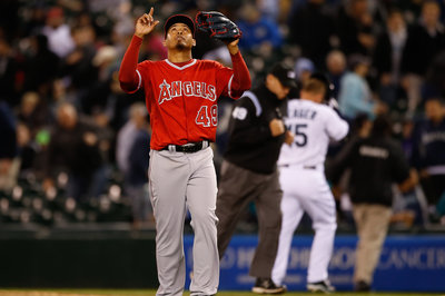 After early success, Mariners remember heritage, lose to Angels