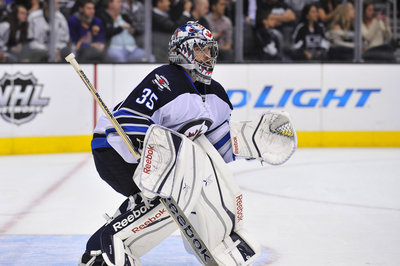 Florida Panthers sign G Al Montoya to two-year deal