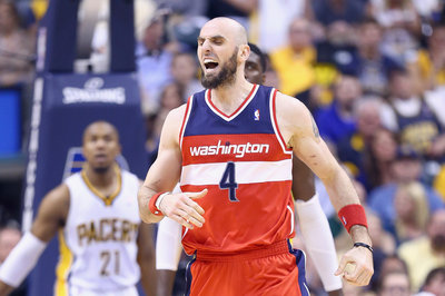 Marcin Gortat signs 5-year, 60-million contract to stay with Wizards