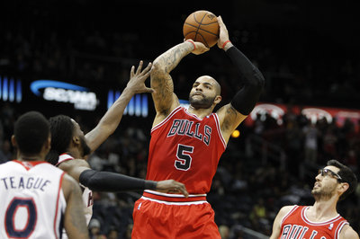 Report: Carlos Boozer could be target of Atlanta Hawks via amnesty bid